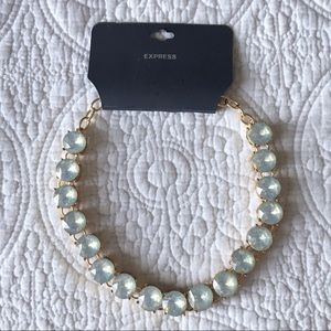Express Round Stone Necklace